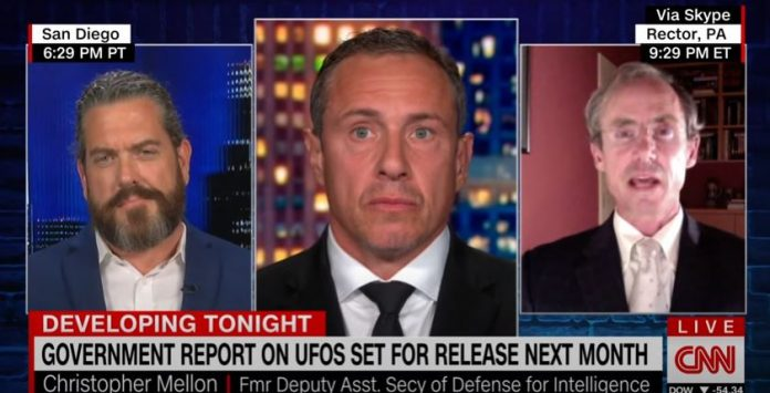 Retired US Navy Chief explains tech witnessed in UFO aircraft sighting