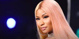 Nicki Minaj & Rihanna DOUBLE-DATE & Fans Go Wild!